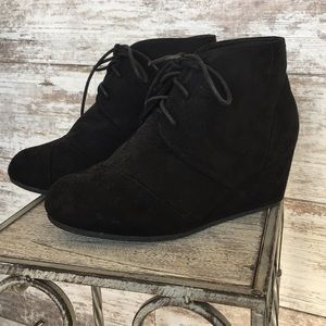 Free Reign Wedge Boots